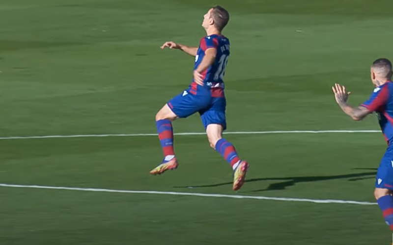 Watch Levante - Huesca live online