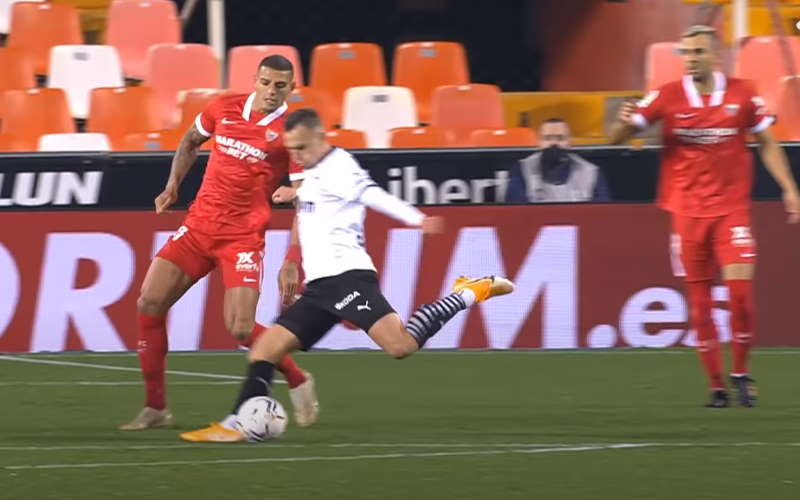 Watch Sevilla - Valencia for free
